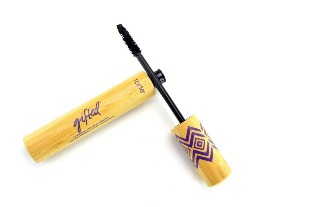 tarte Gifted Amazonian Clay Smart Mascara, tarte mascara, tarte, best fashion blogs, blogger, best blogs, top fashion blogs, online shopping, canadian brands