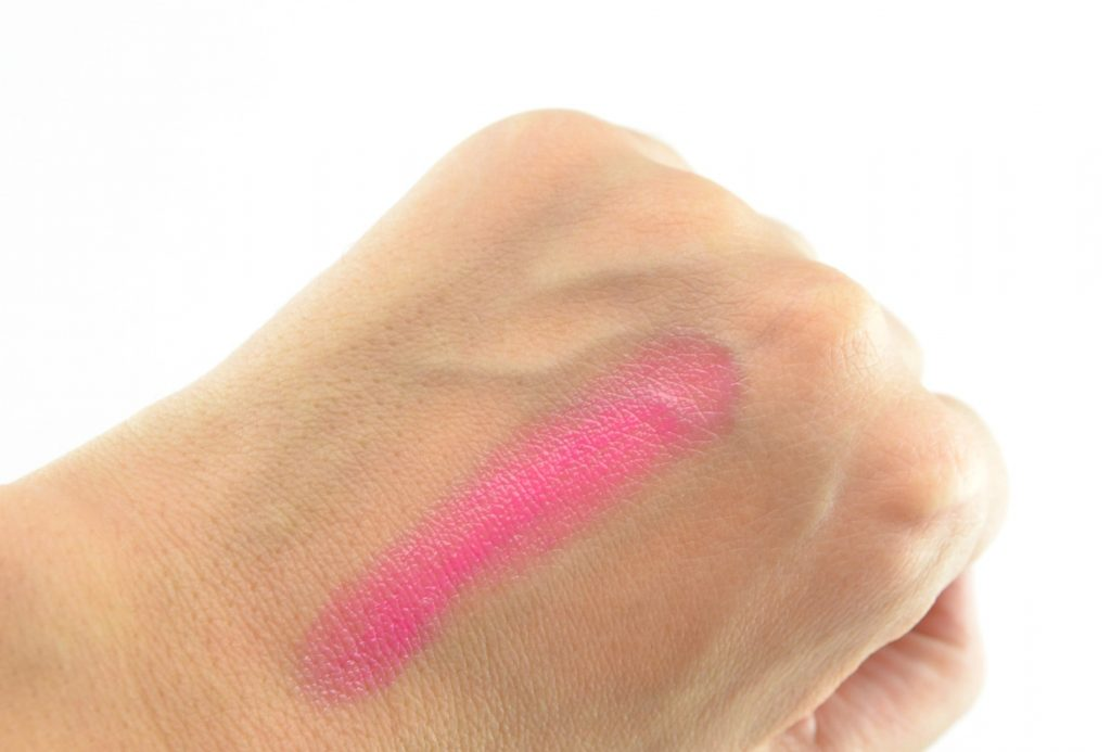 Guerlain La Petite Robe Noire Lipstick, canada beauty, beauty products, best beauty products, beauty tips, makeup reviews