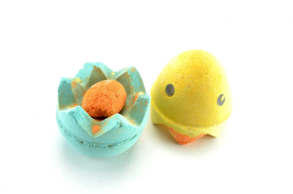 LUSH Chick 'N' Mix Bath Bomb