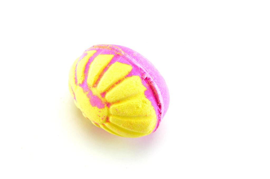 LUSH Which Came First? (Stripes) Bath Bomb