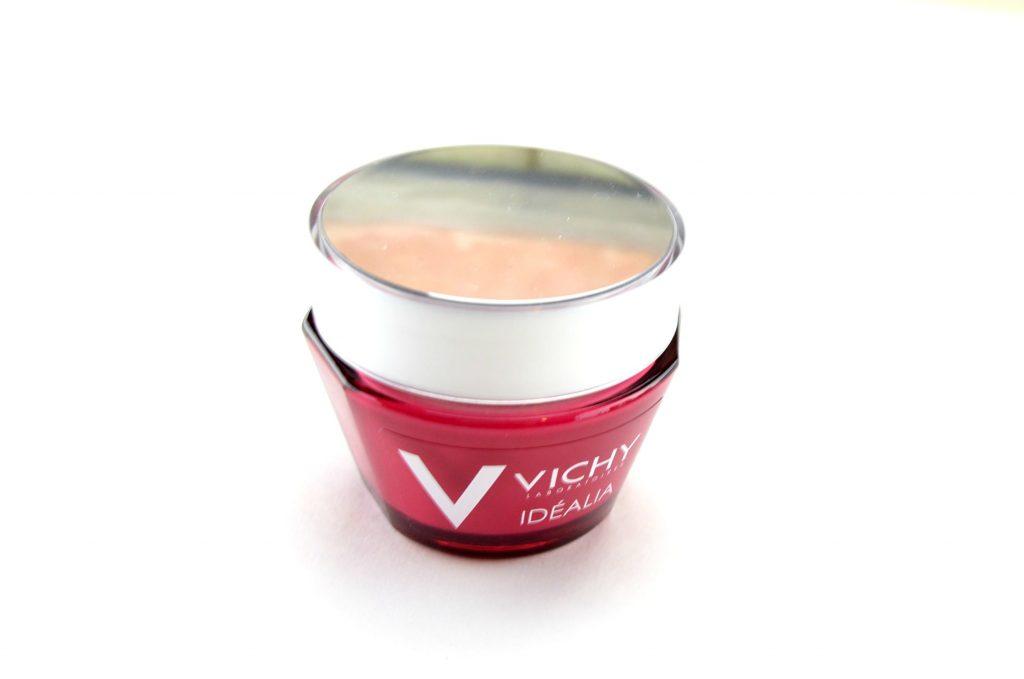 Vichy Idéalia Smoothness & Glow Energizing Cream