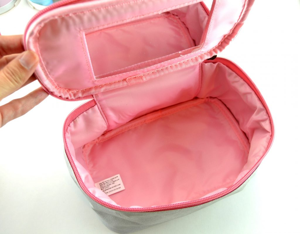 Avon Train Case with Mirror
