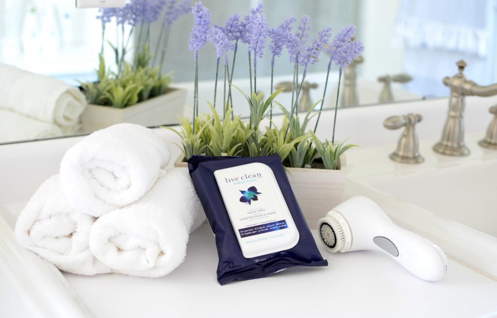 Live Clean Fresh Face Refreshing Wipes