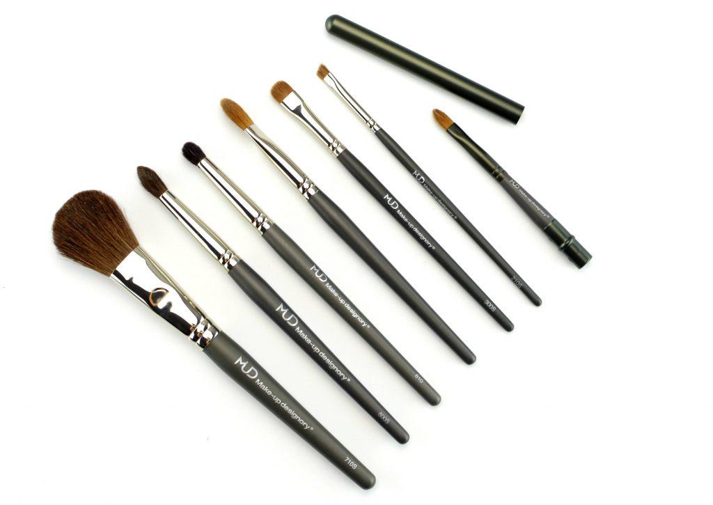 MUD makeup brush