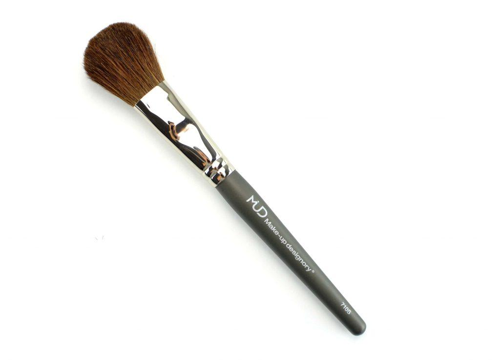 MUD Powder Brush #710
