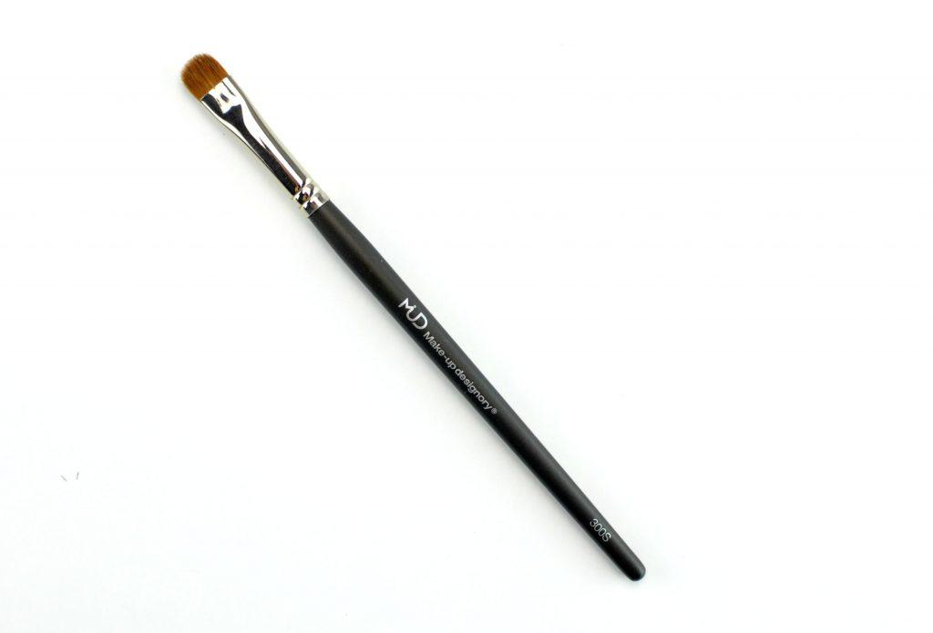 MUD Small Shadow Brush #300