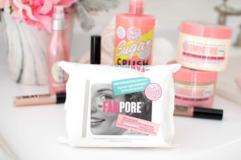 Soap & Glory the FAB PORE Triple Action Purifying T-Zone Cloths