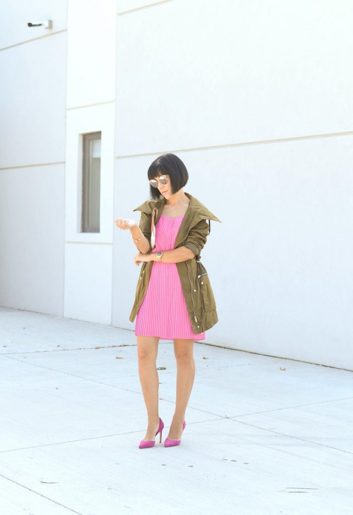 How To Style An Envelope Clutch