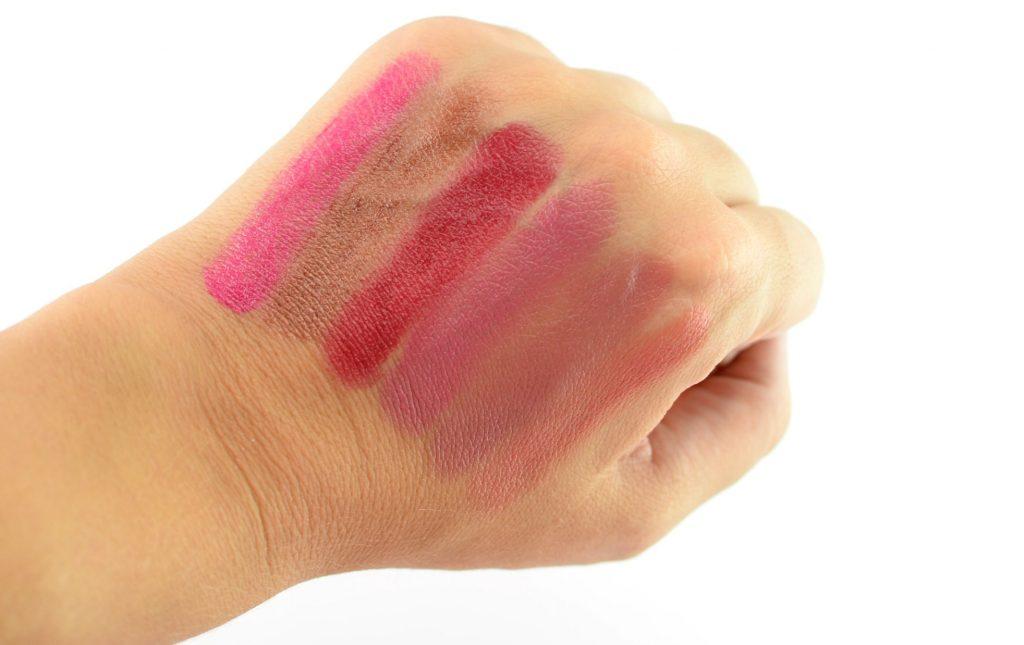 Mary Kay Gel Semi-Shine Lipstick in Haute Pink