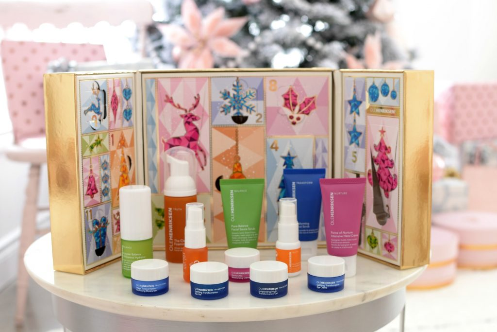 OLEHENRIKSEN 12 Days of OLE Glow Skincare Advent Calendar