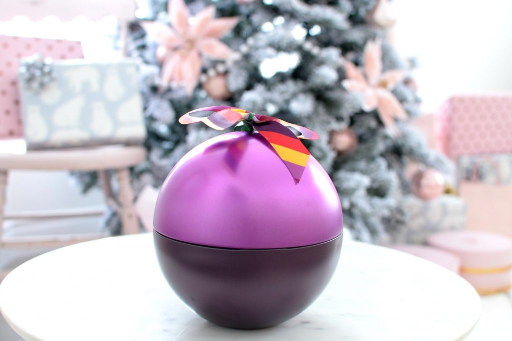 body shop Frosted Plum Festive Tin