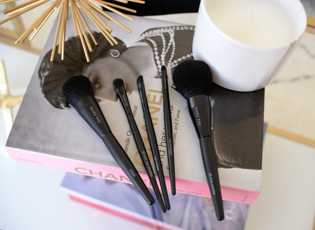 Mary Kay Essential Brush Collection