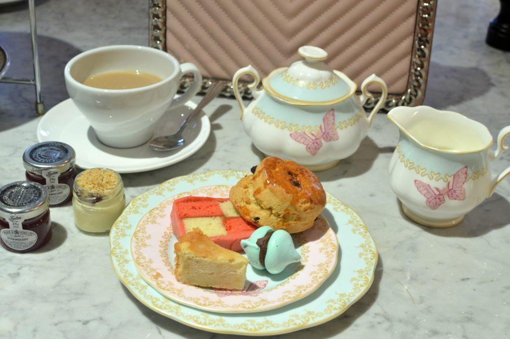 Mandeville for Tea
