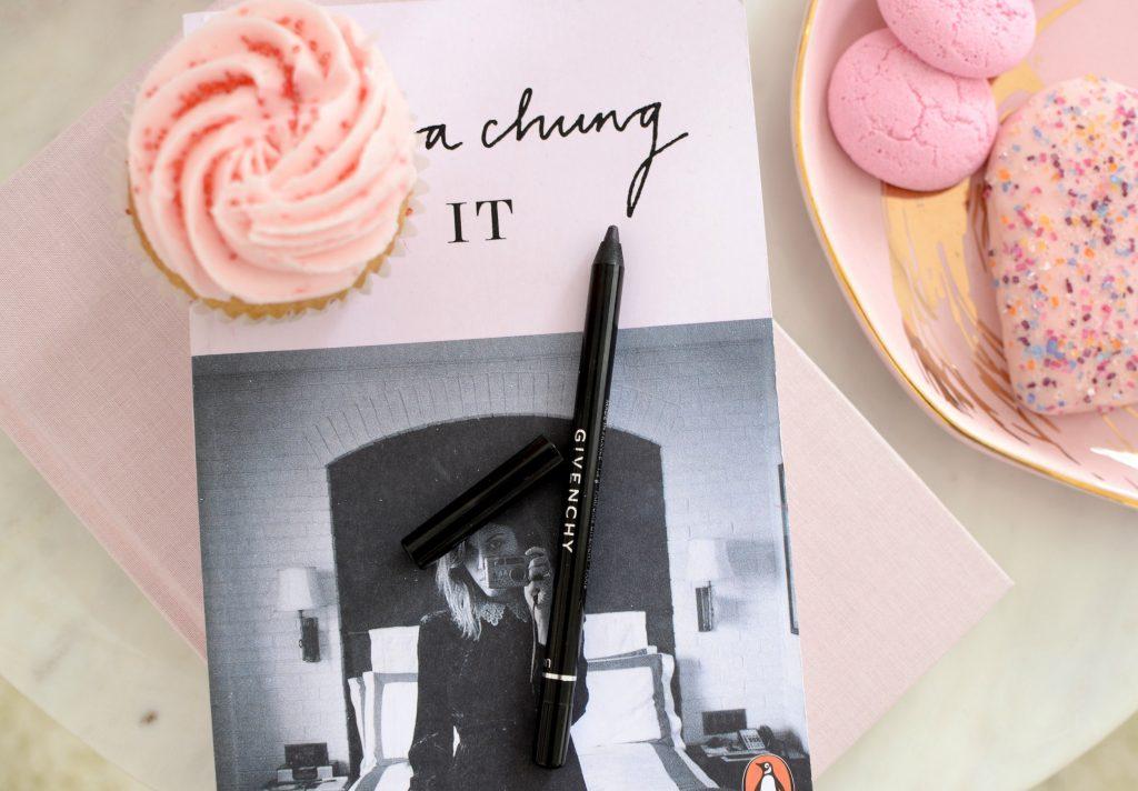 Givenchy Universal Noir Révélateur Lip Liner