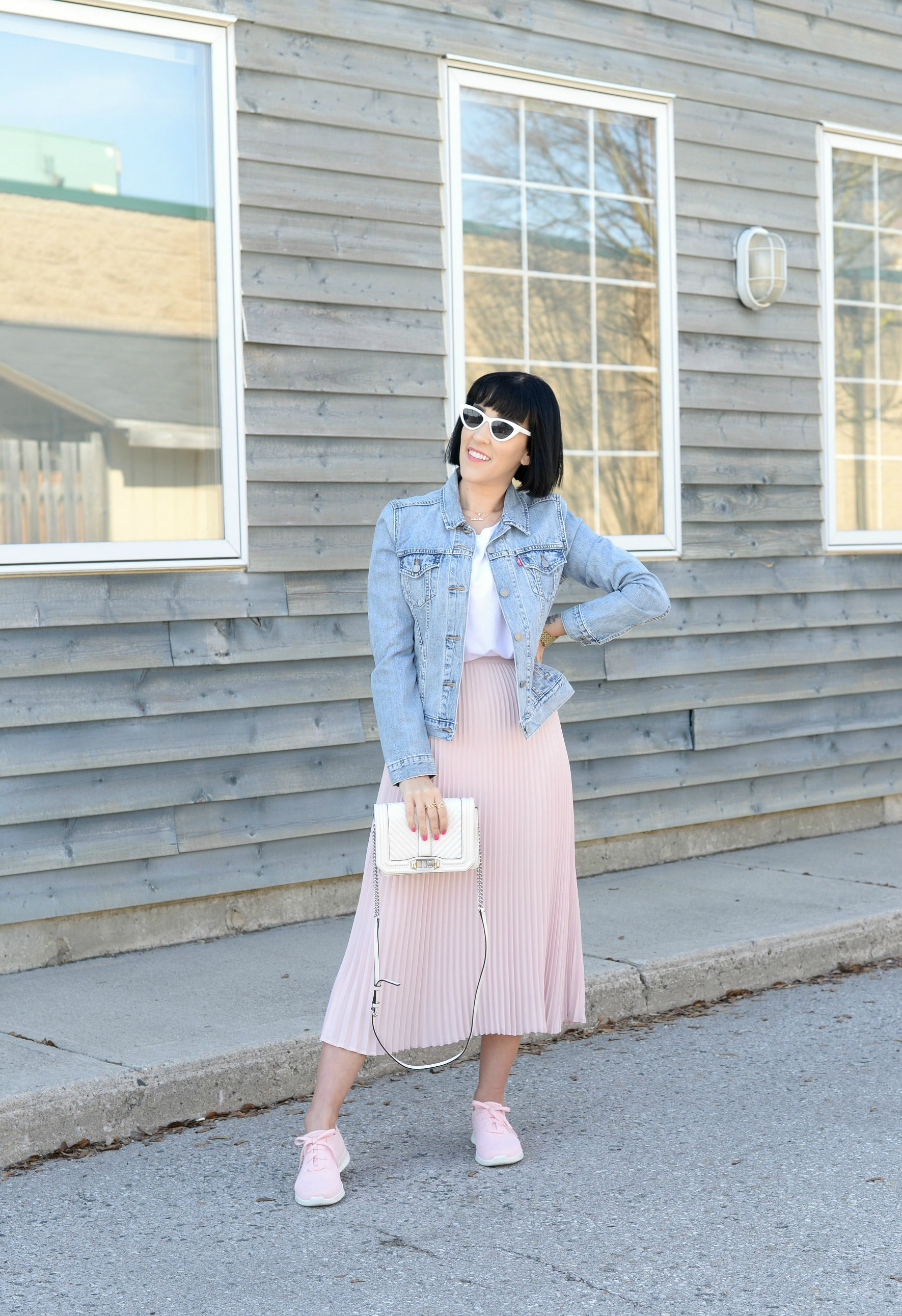 Skechers Wave-Lite, skechers, pink sneakers, pink kicks, pink skirt, pleated skirt, spring running shoes, Levis denim jacket, levis jean jacket, white purse, Rebecca minkoff purse, white handbag, style blogger, Canadian fashion blogger