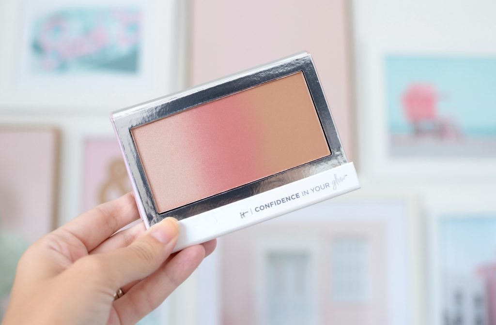 It Cosmetics Confidence in Your Glow Gradiant Blush, Bronzer & Highlight