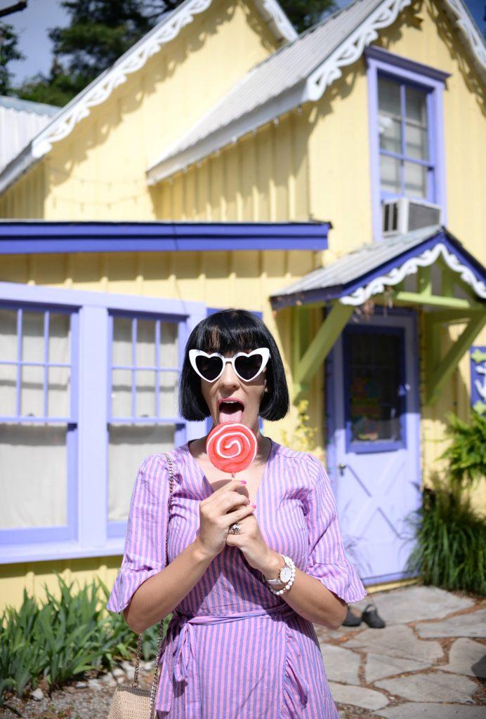 Grimsby Historic Beach, Colourful Homes, Alice in Wonderland Homes, Gingerbread homes, Grimsby Homes