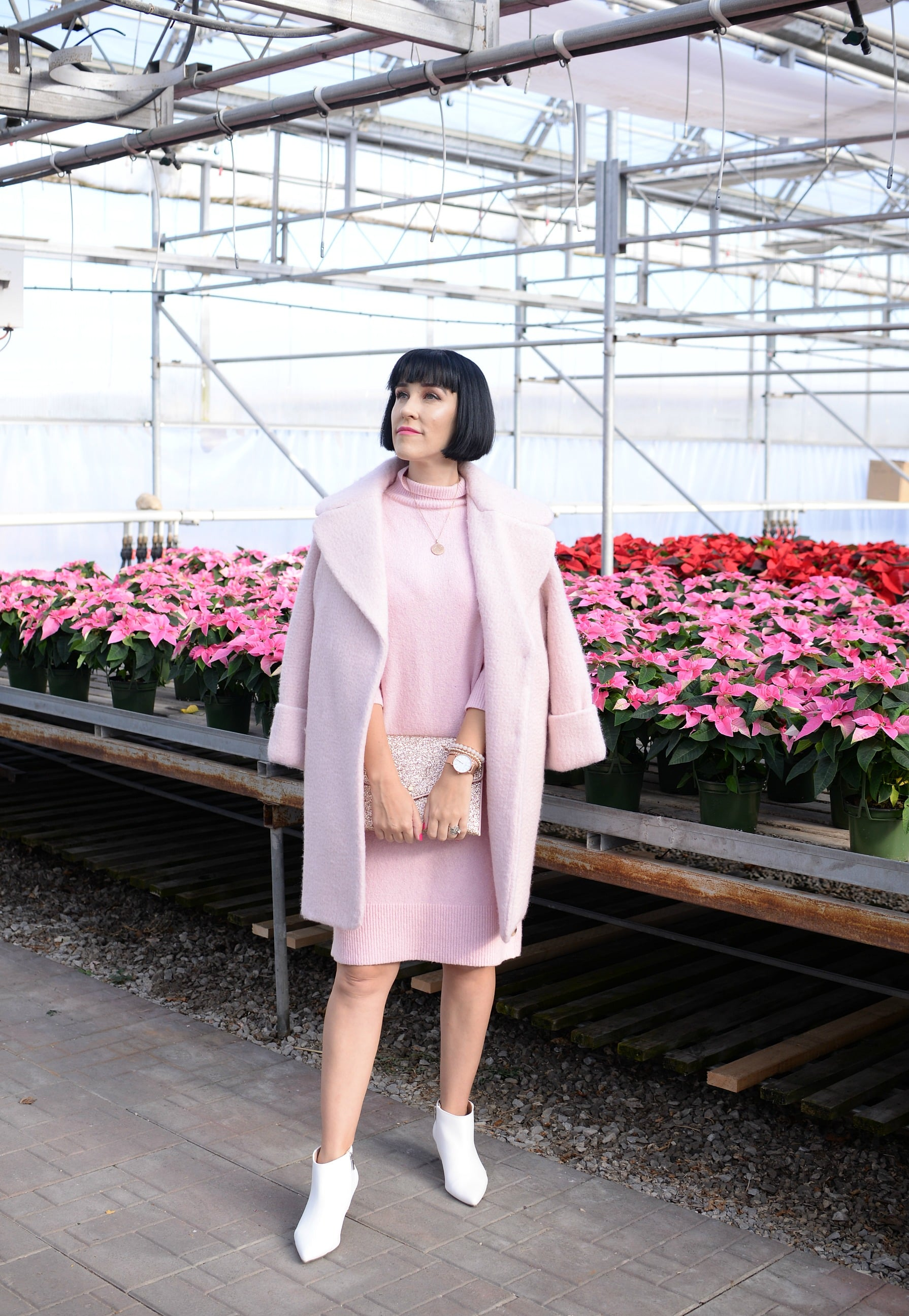 What Does Your Zodiac Sign Say About You?, Victoria Emerson Zodiac Collection, Victoria Emerson, Zodiac jewelry, zodiac jewellery, Canadian fashion blogger, pink banana republic dress, pink sweater dress, rose gold jewellery, pink ever new winter coat