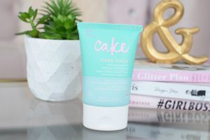 Cake Walk Rich & Reviving Pretty Foot Cream