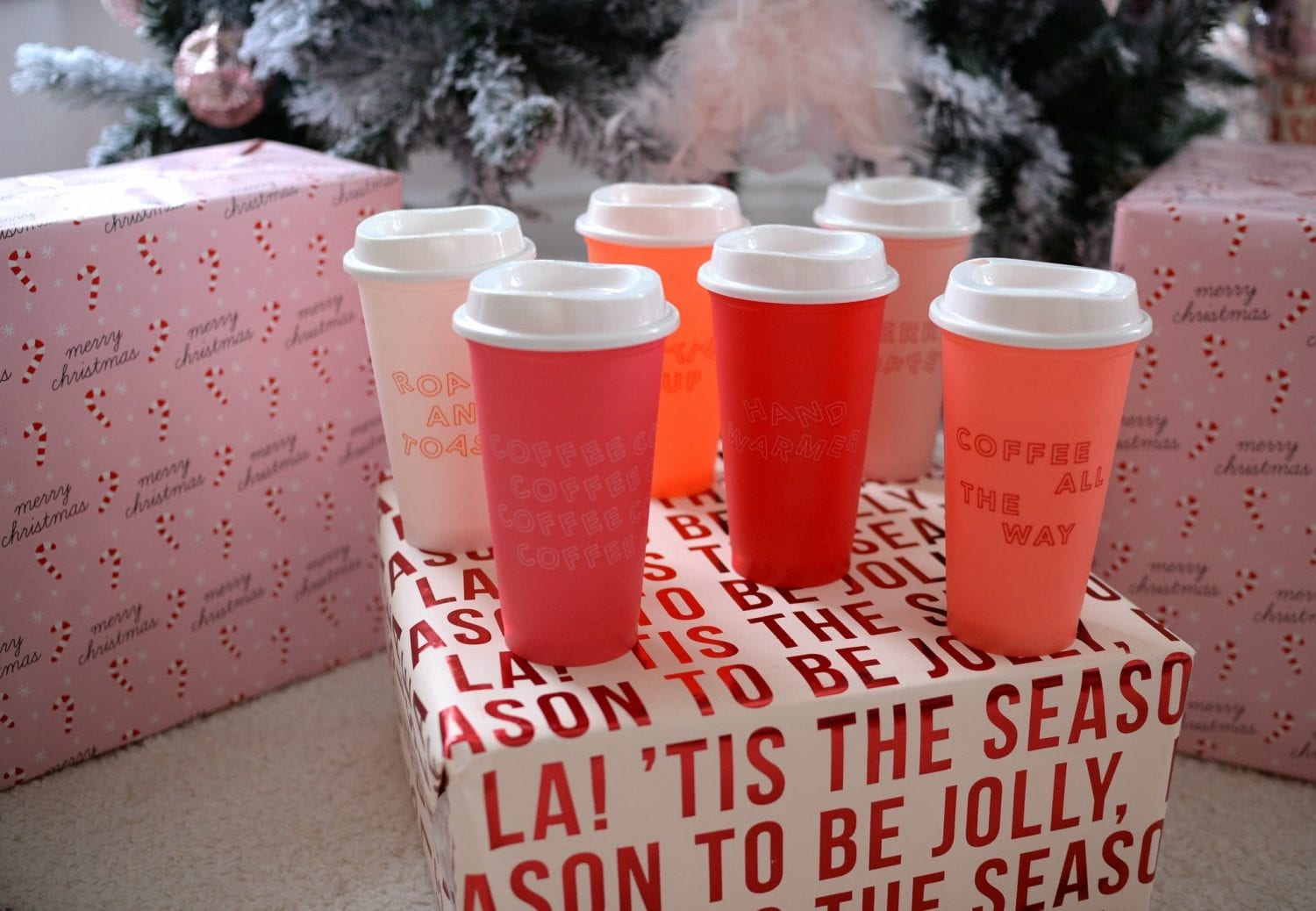 Last-Minute Christmas Gifts, starbucks re-useable cups