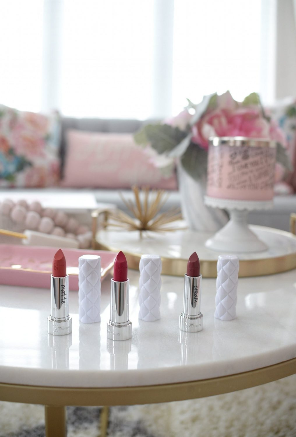 It Cosmetics Pillow Lips Collagen-Infused Lipsticks